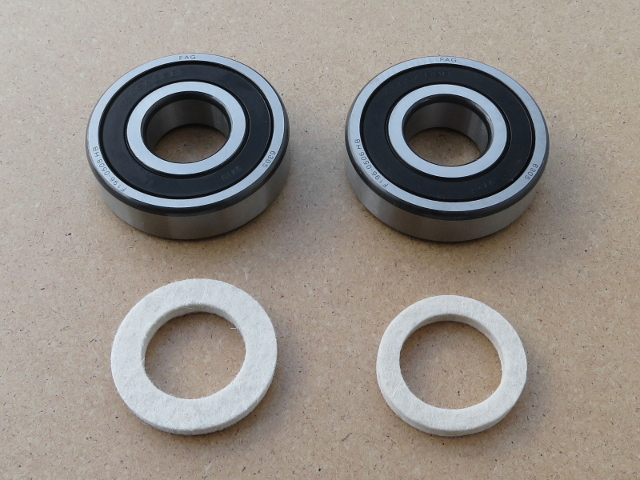 Bearing & seal kit wheel M-72M & M-61, 4 pcs (HQ)